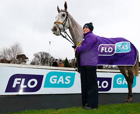Gigginstown Stud triumphs again in Flogas Novice Chase